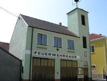 2144 Altlichtenwarth, Florianigasse 441 Tel.Nr. 02533 801490