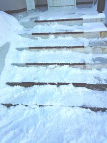 市販雪滑り止めマット
