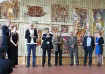 Oana Amãricãi lors du vernissage (2e gauche)