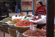 Marché aux épices à Katmandou, capitale du Népal