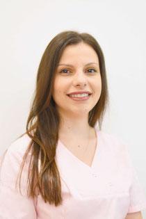 Adelina Mehanja, Zahnarztpraxis Dr. Reinhardt, Fürth