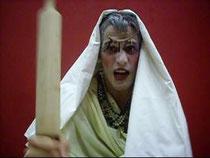 Abuela de Claudio evocando los recuerdos de su nieto