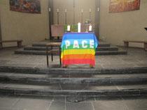 Der Altar von St. Pius beim Friedensgebet