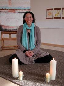 Britta Burmehl meditiert oftmals bei Vollmond, um sich neue Kraft zu holen. Foto: Konder