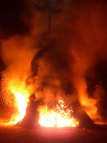 Feuer auf dem Thingplatz