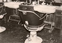 Salon Weis 1954