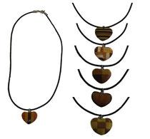 Bild Halsband mit Herz für Kinder aus Holz