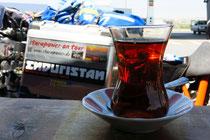 Türkisch Cay - immer ein guter Weggefährte