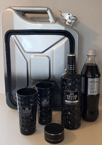 Kanisterbar mit einer besonderen Lackierung in silber-schwarzen Optik abgestimmt, mit Bluetooth- Box, Innenbeleuchtung, abschließbar. Befüllt mit den edlen Three Sixty Vodka und den Originalgläsern