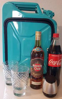 """""""𝐻𝑎𝑣𝑎𝑛𝑎"""" KanisterBar (mit Bluetooth-Box und Beleuchtung integriert) Befüllt mit Havana Club Rum, Coca-Cola und 4 eleganten Gläsern"""