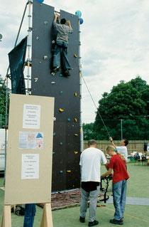 Kletterturm auf dem Mieterfest der AWO in Auerbach