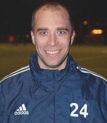 Ex-Profi Alexander Laas läuft seit der Winterpause für den Niendorfer TSV auf - der Verein, in dem seine Laufbahn einst begann Foto: kk