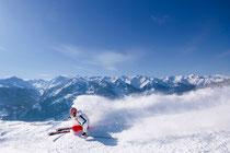 Bild: Skifahren in den Kitzbühler Alpen