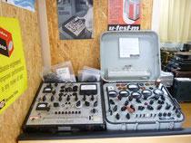 当社で使用している真空管測定器(写真は店舗の様子です。被災品の写真はのちにアップ予定)