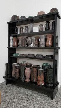 Grabvasen, Grableuchten und Vasenringe