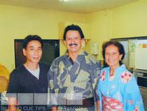 弊社の工房を来訪したジナキューのギュテレス夫妻(2003年)