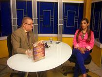 Balbueno Medina entrevista a Arisleyda Mateo, en  el programa Agenda Semanal