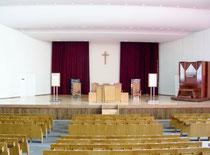 800人収容のプロテスタントの礼拝堂