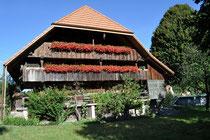 das traditionelle unter Schutz stehende Bauernhaus!