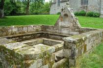 La fontaine de dévotion à St Urlo