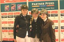 Sieger Eggersmann Juniorcup v. links  Laura Schoechert, Luise Bayer und Julia Henning heißen die drei Erstplatzierten im Finale des Eggersmann-Junior-Cup- Foto bb