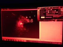 Der grosse Moment. Der Orion-Nebel erscheint im Fokus-Modus auf dem Bildschirm. Premiere!!!