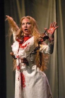 Leanna as Lucy in Dracula at Cincinnati Shakespeare Company (Photo by R. Sofranko)