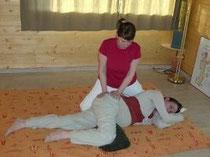 Photo d'une séance de shiatsu pour femme enceinte