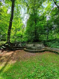 Der Schillerbrunnen.