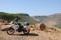 Über die Brücke des Awash, nicht mit dem Moped!