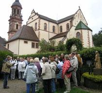 Im Kräutergarten der Benediktiner-Abtei