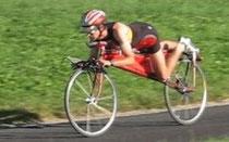 強風対策用にこんな自転車が開発されました。