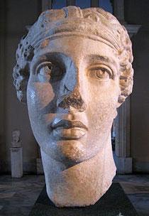 Busto romano de Safo, copiado de un original perdido helenística en el Museo Arqueológico de Estambul
