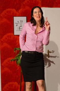 Eine Augenweide - Mareile Wiegand als Rosemarie Kramer in verführerischer Mission