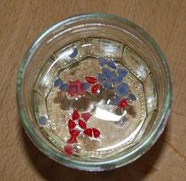 rotes und blaues Wachs