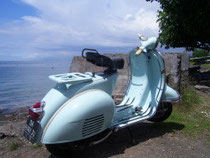 blue vespa gl - our oldtimer