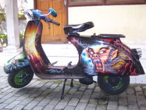 airbrushed Vespa Super 150
