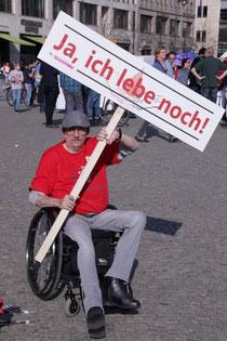 Uwe auf unserer Demo 2017 in Berlin