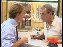 François doit se rendre à l'évidence : vendre le bar de son père est l'unique solution à ses problèmes...
