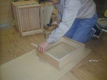 岩谷堂箪笥製造工程