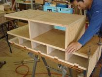 岩谷堂箪笥木地製作
