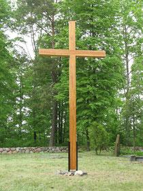 Kreuz auf dem Friedhof in Kalkofen