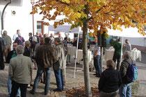 schönstes Herbstwetter hat zu vielen Diskussion eingeladen - Bastian