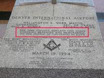 """Внизу видна надпись """" Комиссия по строительству аэропорта нового мира"""""""