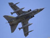 НАТО бомбит Ливию