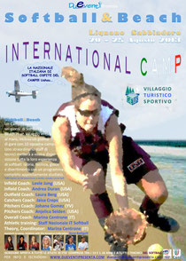 La locandina dell'International Camp Softball&Beach