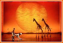 Una scena del musical The Lion King
