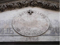 Das Medaillon im Portal von Lyskirchen