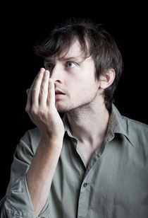 Mundgeruch (Halitosis) kann unsicher und gehemmt machen. Was hilft gegen Mundgeruch? (© leschnyhan - Fotolia.com)