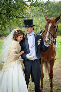 свадебная фотосъемка; аренда лошадей для свадьбы